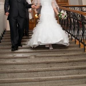 Продам свадебное  платье фасона
