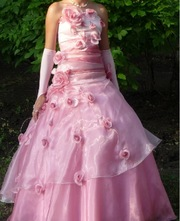 Продаю пышное выпускное платье